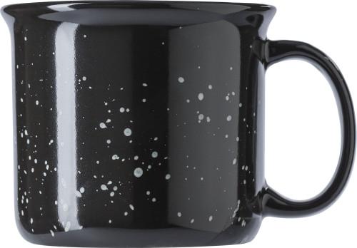 Keramikmugg (450 ml) med vintage-utseende. Levereras i en vit gåvoask.