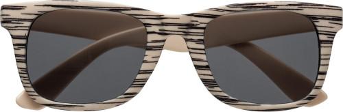 Solbriller med tremønster. UV400-beskyttelse